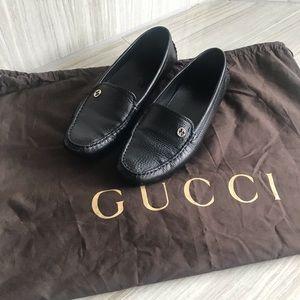 Gucci moccasins 40